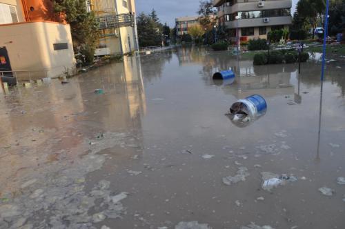 Sel Hasarı Giderme